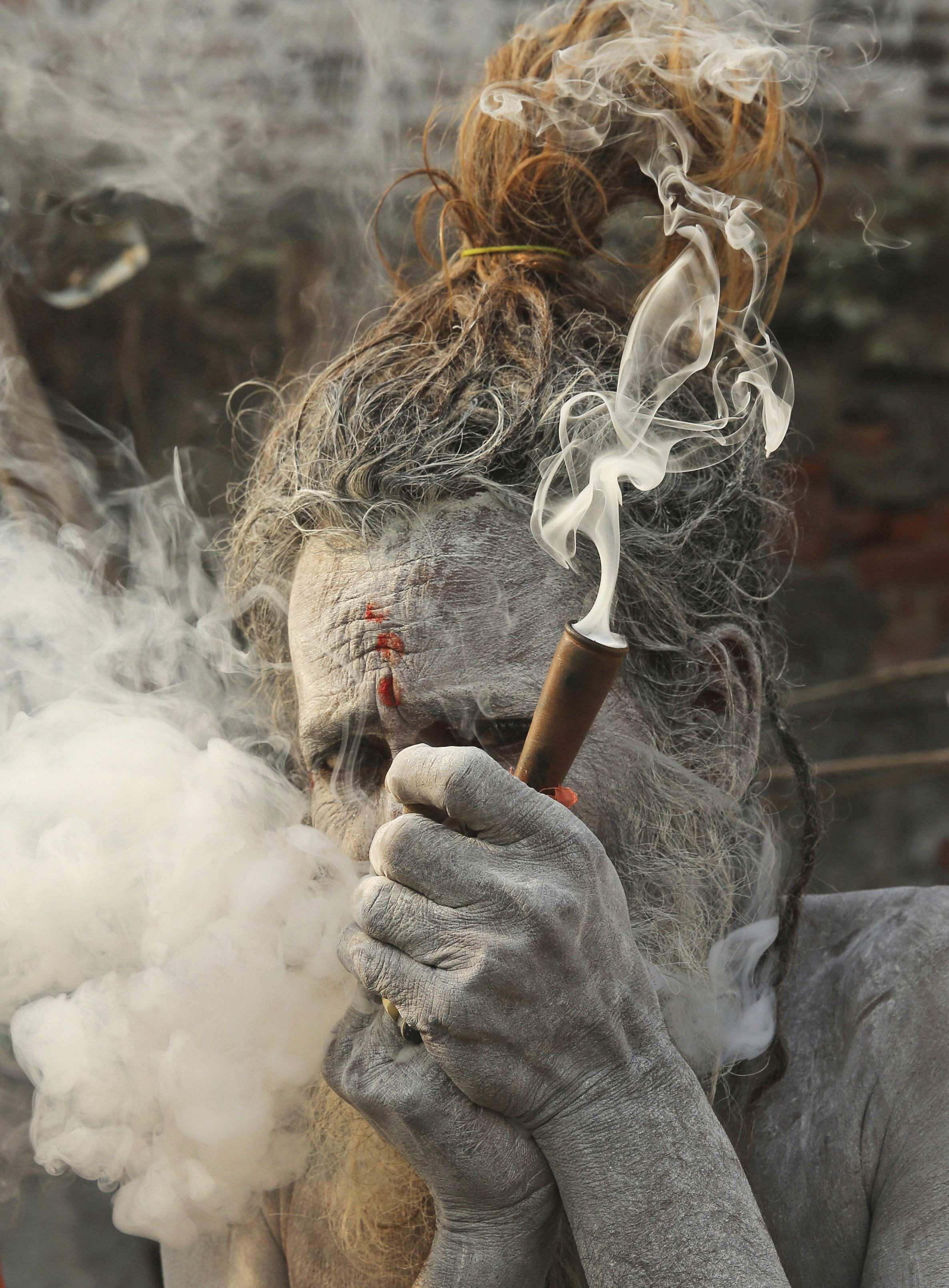 Pin on Sexy smoking
