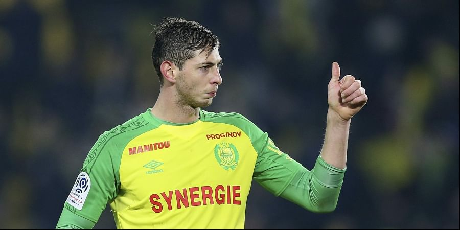 In this his picture taken on Jan. 14, 2018, Argentine soccer player, Emiliano Sala, of the FC Nantes club, western France, gives a thumbs up during a soccer match against PSG in Nantes, France. (Photo | AP)