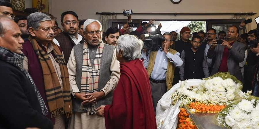 Bihar Chief Minister Nitish Kumar intercats with former defence minister and veteran socialist George Fernandes' estranged wife Leila Kabir at his residence in New Delhi. (Photo | PTI)