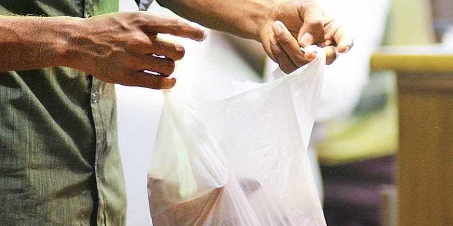 plastic use, plastic bags