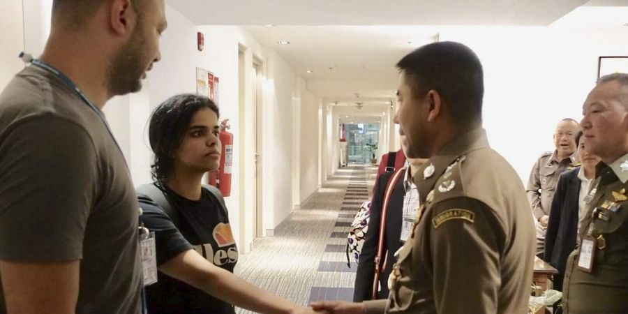 Young Saudi teen Rahaf Mohammed held in Thailand fears death if repatriated
