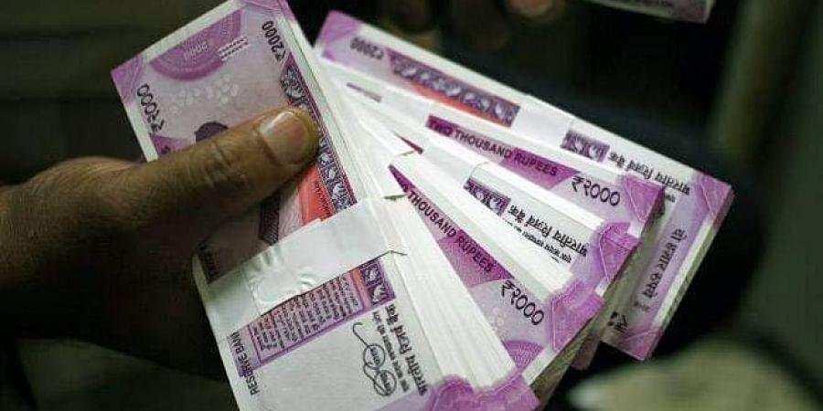 Rs 2000