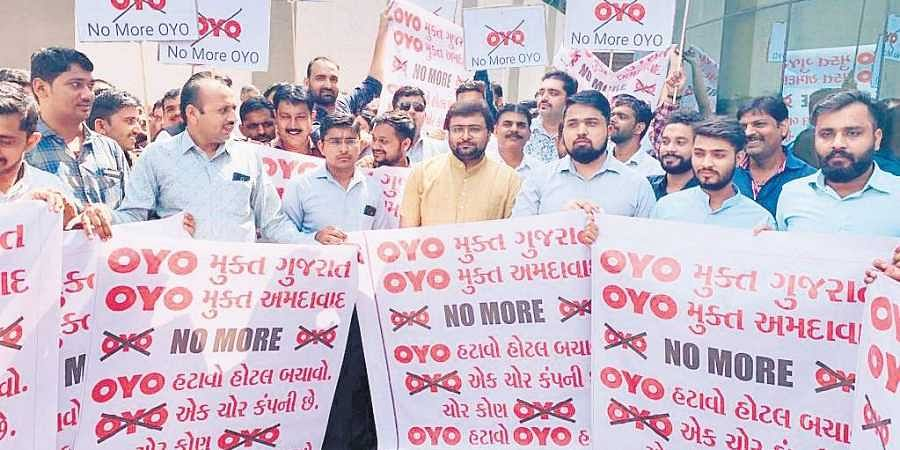 Hotel owners protest in Karnataka over OYO Room's increase in fees