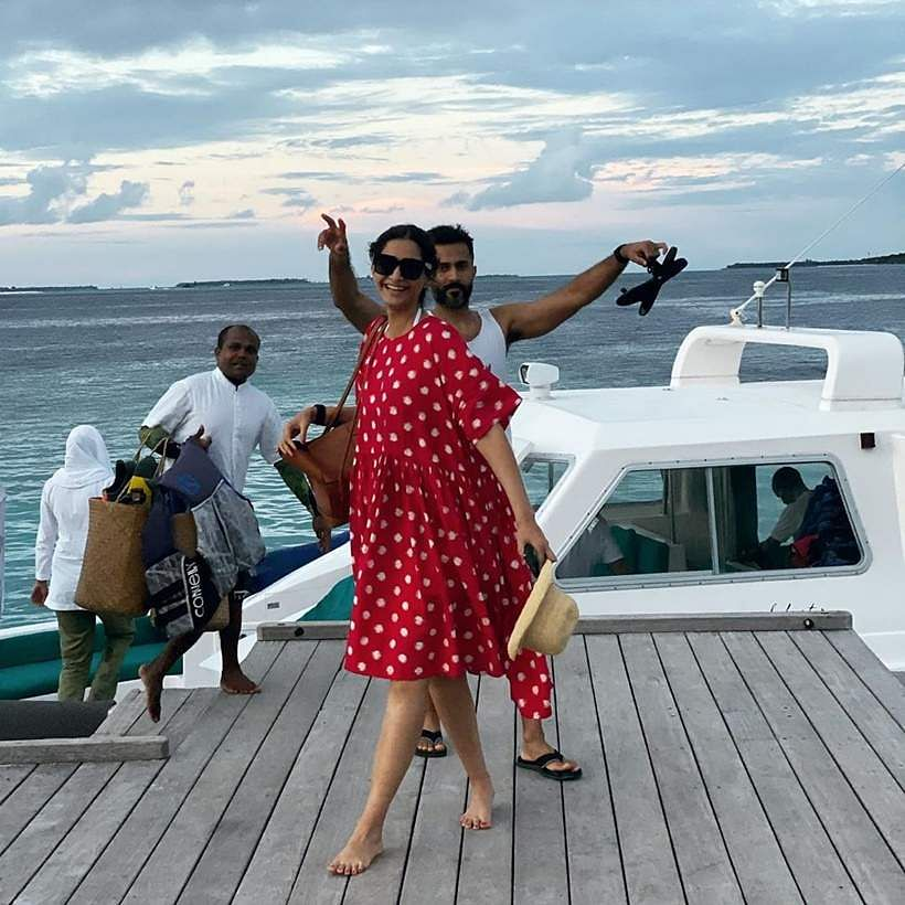 Sonam-Rhea-Kapoor-Anand-Ahuja-Karan-Boolani-Maldives-Vacation-Photos