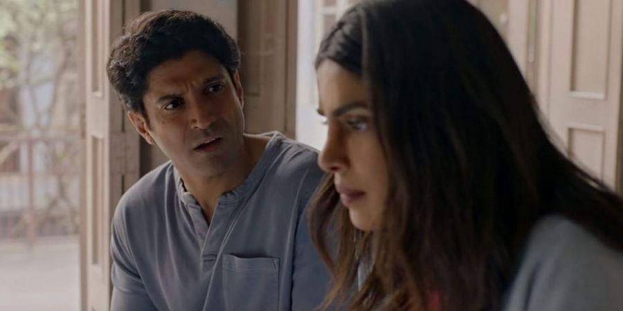 Farhan Akhtar and Priyanka Chopra in 'The Sky is Pink'.
