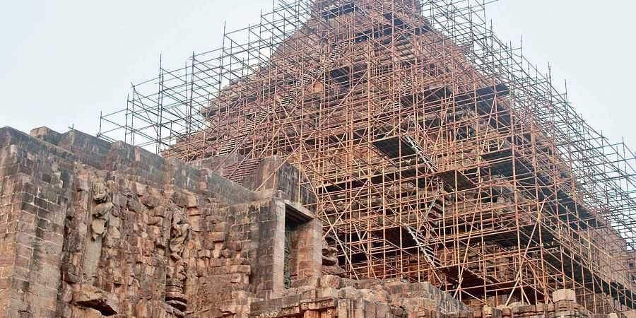 Salvation of famous Konark Sun Temple stuck in the sand