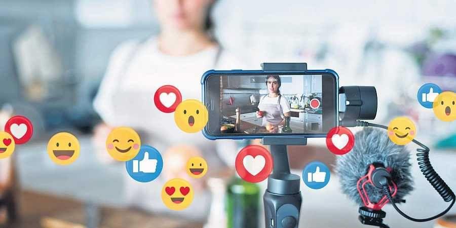 digital world, social media influencer