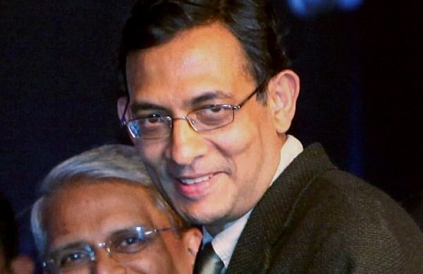 In this Jan 4 2010 file photo Abhijit Banerjee receives the Infosys Prize 2009 in Social Science Economics Category during a ceremony in New Delhi. | (File | PTI)