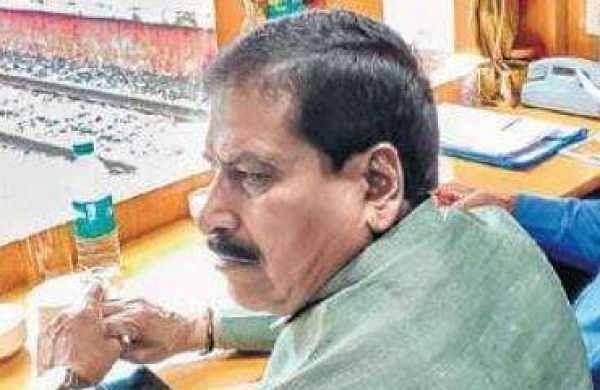 Expedite Bengaluru suburban rail project: Angadi