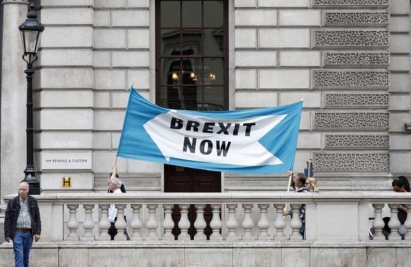 UK and EU reach Brexit deal but itstill needs ratification