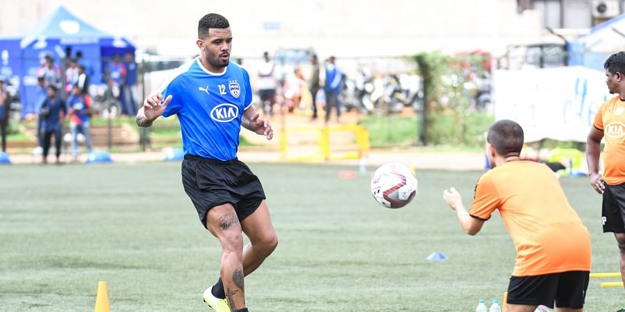 Raphael Augusto practicing before the first ISL game in Bengaluru