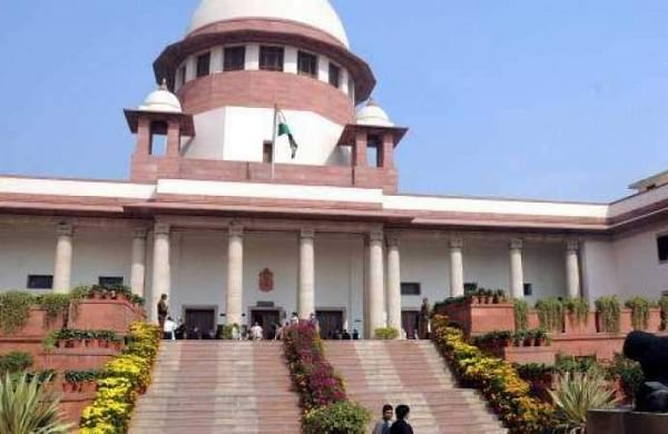 SC raps Delhi Police for having BS-IV vehicles