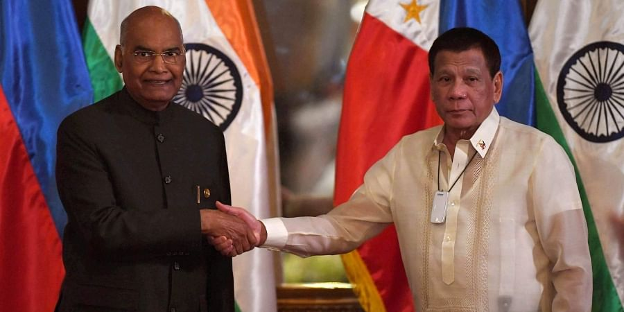 President Ram Nath Kovind shakes hands with his Philippine counterpart Rodrigo Duterte