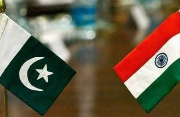 India to build solar, wind farms along Pakistan border