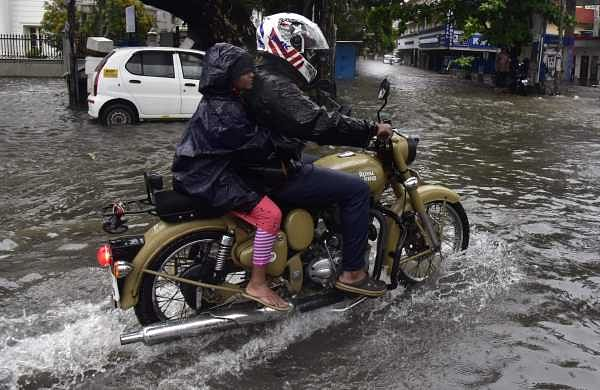 Kochi waterlogging: Kerala CM calls for high-level meeting on Friday