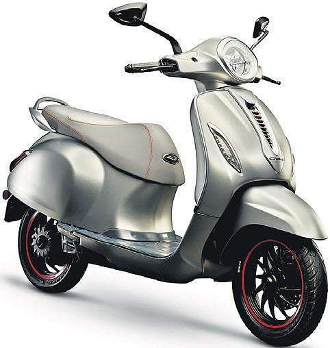 The new Bajaj Chetak is expected to be priced in the Rs 80,000-1,00,000 range.