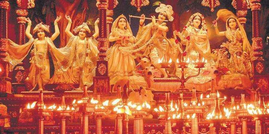 A 3D painting of Ayodhya as the capital of Ikshvaku dynasty of Khosala, with Rama and Dasharatha has been created on the walls of ISKCON Temple, Dwarka.