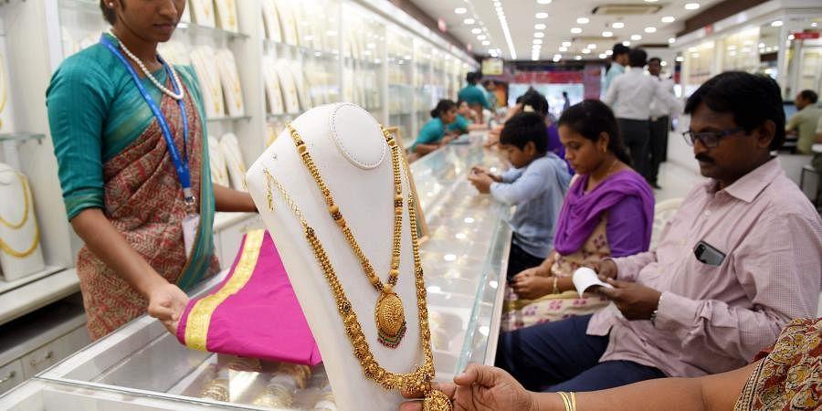 gold, jewellery, ornaments