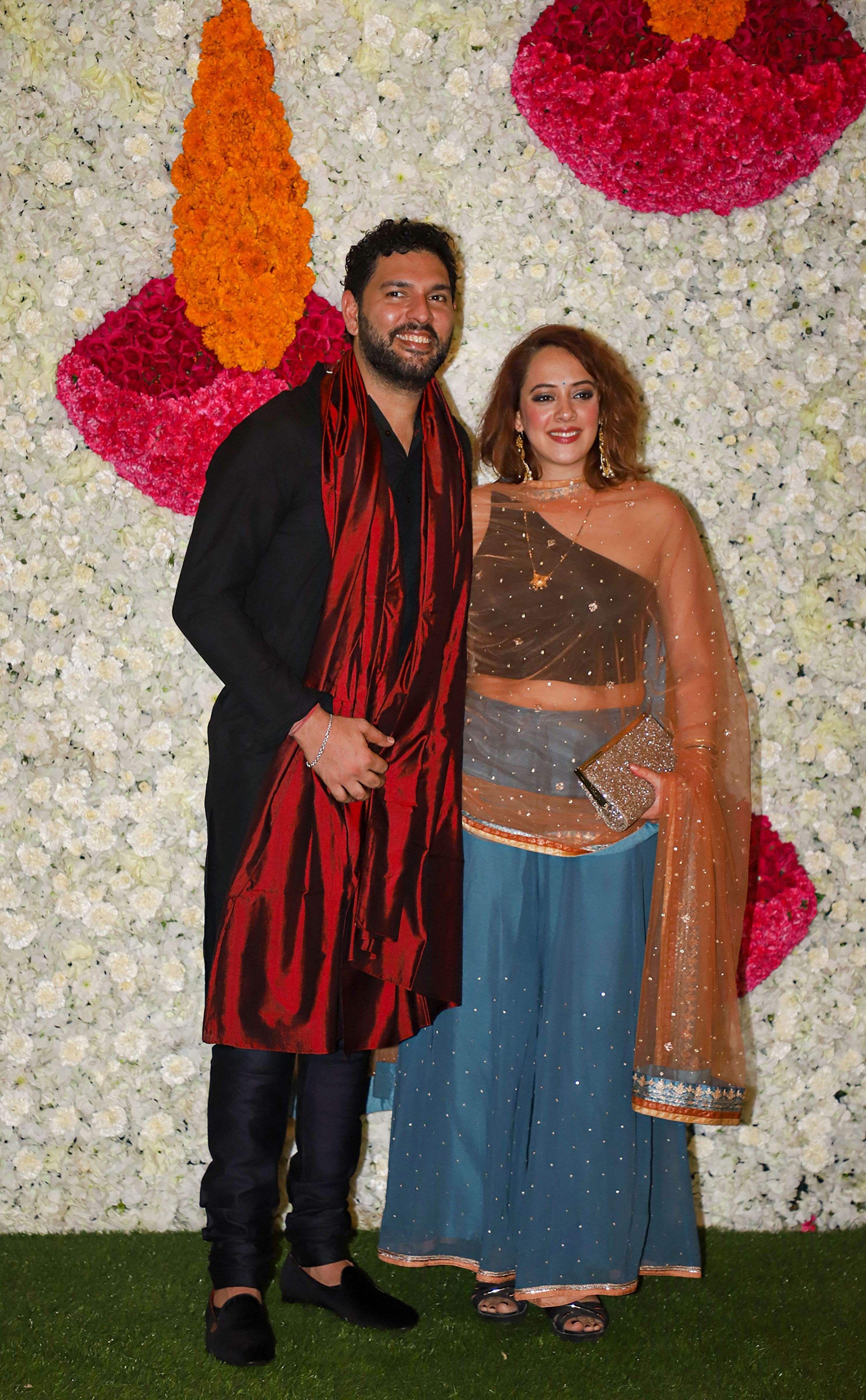 2019-Bollywood-Diwali-Photos-Ambani-Party