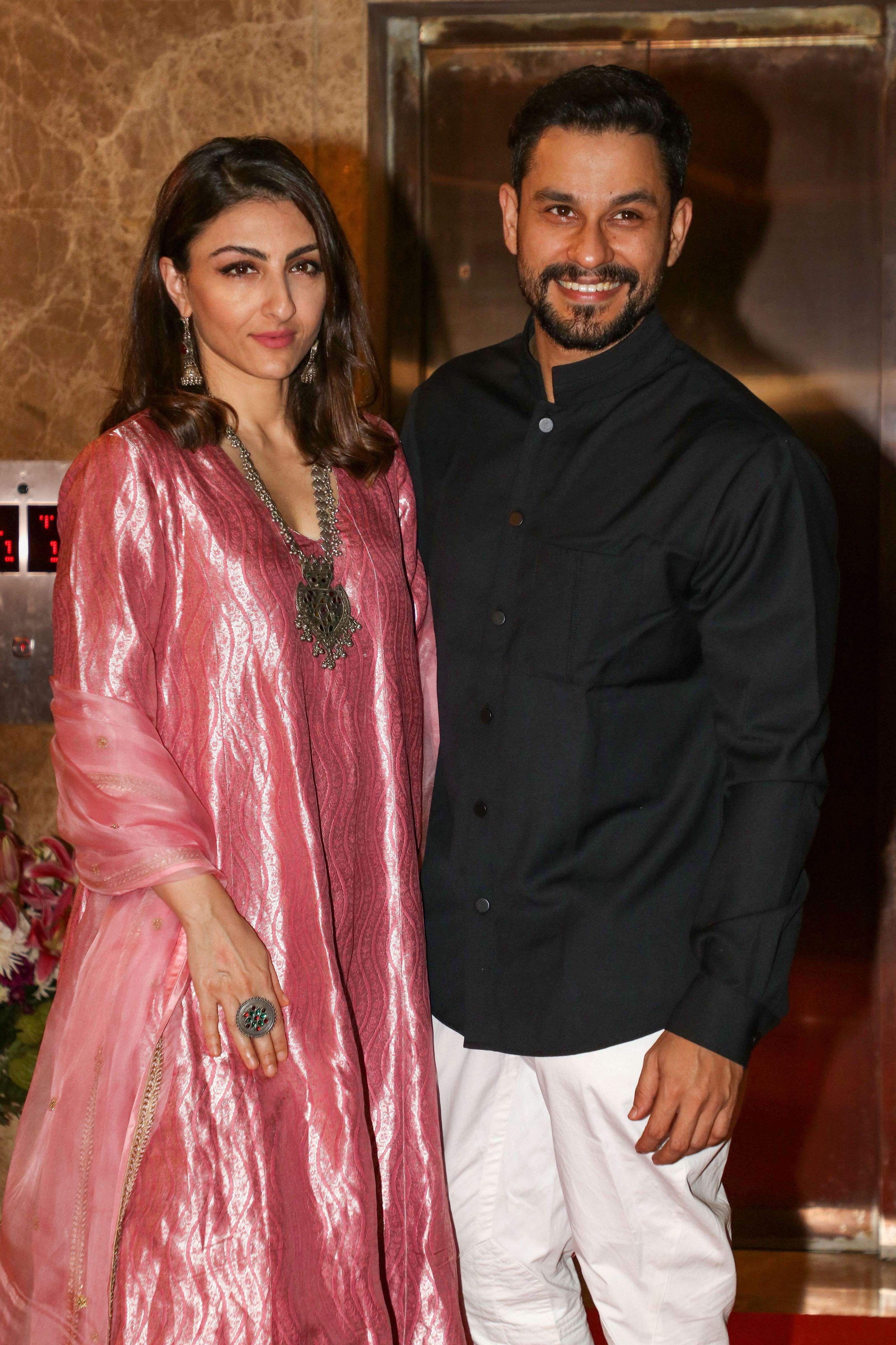 2019-Bollywood-Diwali-Photos-Ramesh-Taurani-Party