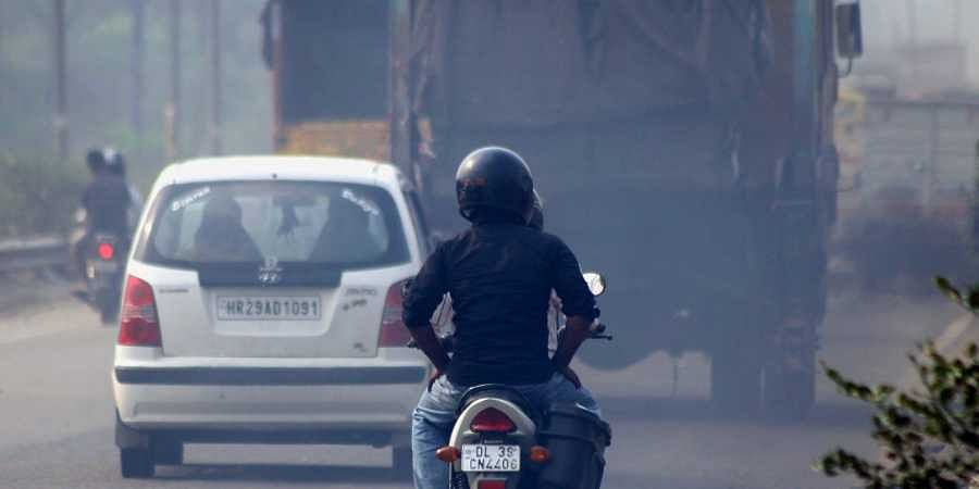 Air pollution reduces visibility in New Delhi