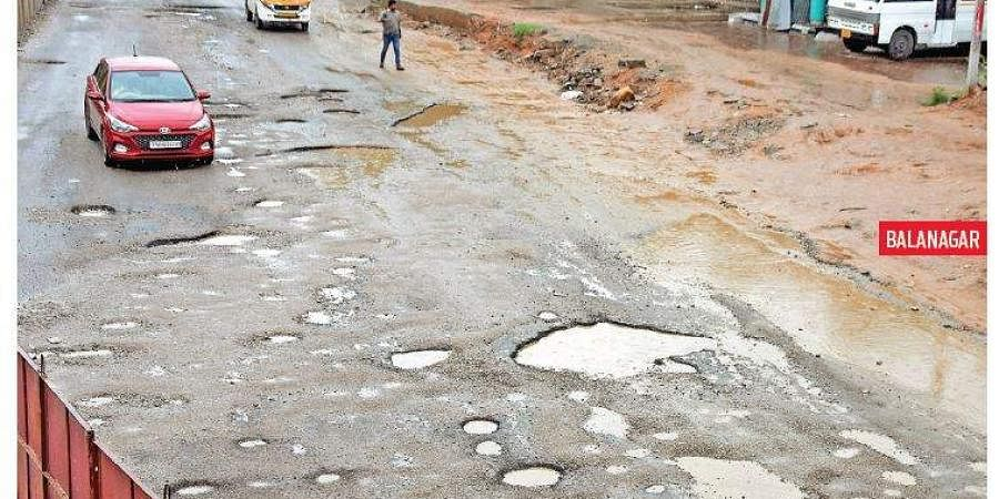 Bad roads, hyderabad roads