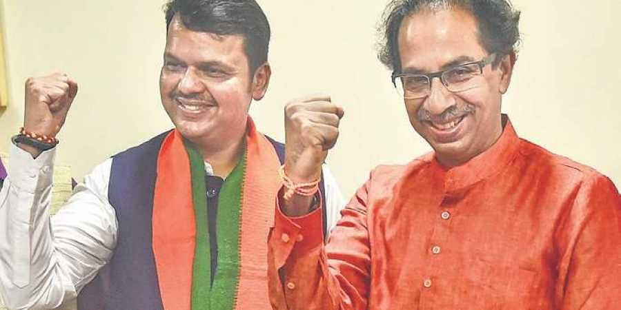 Uddhav Thackeray, fadnavis