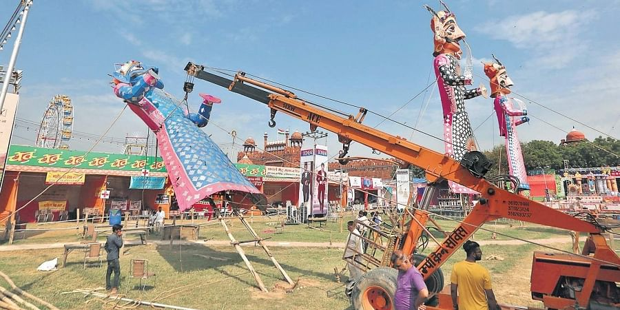 Thousands of effigies will be burned during Dussehra celebrations in the city, which may lead to rapid pollutant accumulation and trigger extended extreme pollution events.