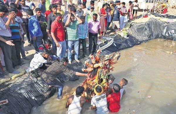 Immersion of Durga idols in Delhi ponds welcomed