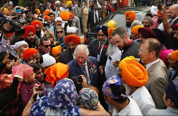 Prince Charles visits Gurudwara Bangla Sahib, prepares chapatis in langar