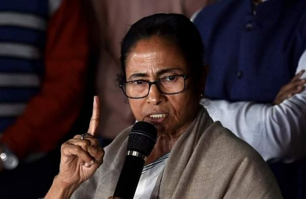 Some people in constitutional posts acting like BJPmouthpieces: Mamata Banerjee