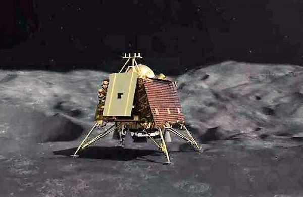 After failure of 'Vikram' lander, India may again attempt soft landing on Moon next November