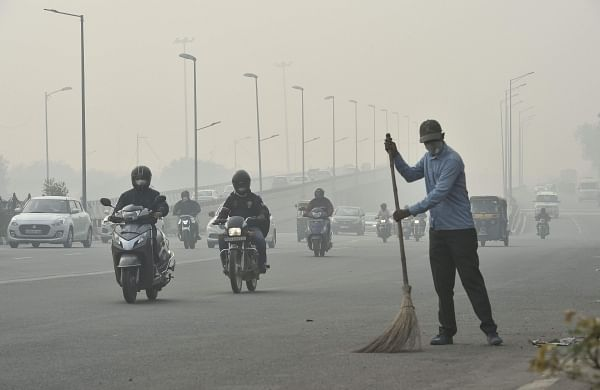 As Delhi chokes, top officials skip key Parliament panel meeting on pollution