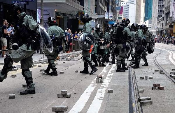 Hong Kong clashes: 70-year old man dies after being hit on head