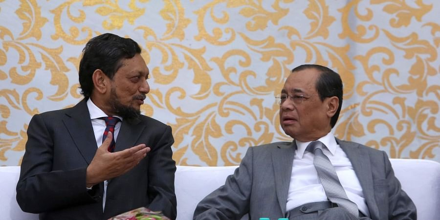 Outgoing Chief Justice of India Justice Ranjan Gogoi with CJI-designate Justice Sharad Arvind Bobde during his farewell function at the Supreme Court in New Delhi on Friday Nov. 15 2019. | (Photo |Shekhar Yadav/EPS)