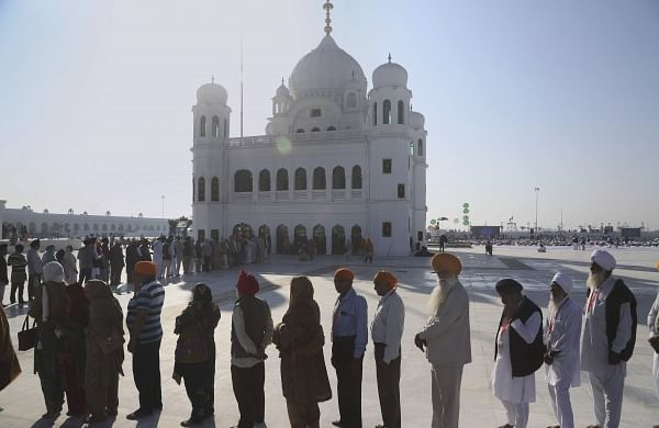 Pakistan government opens Kartarpur gurdwara to Muslims, charges Rs 200 entry fee