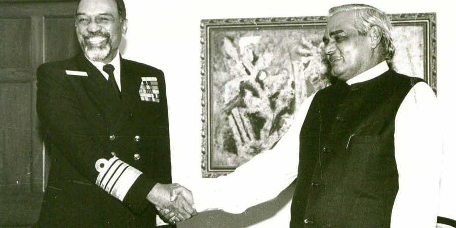 Former Navy Chief Admiral Sushil Kumar with former PM Atal Vajpayee.