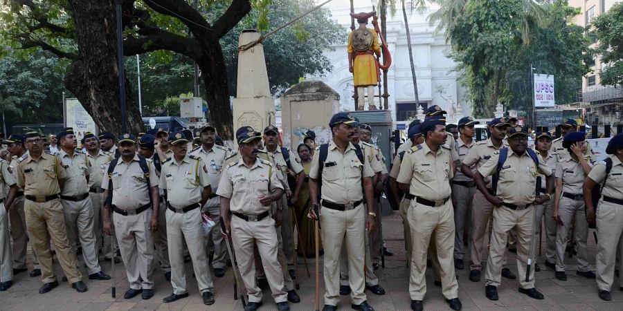 Mumbai Police personnel deployed at the Shivaji Park as preparations are in full swing for the swearing-in ceremony of Shiv Sena chief Uddhav Thackeray as Maharashtra chief minister in Mumbai Wednesday Nov. 27 2019. (Photo | PTI)