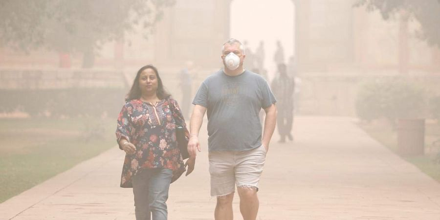People begin to collapse as air quality deteriorates in Lucknow