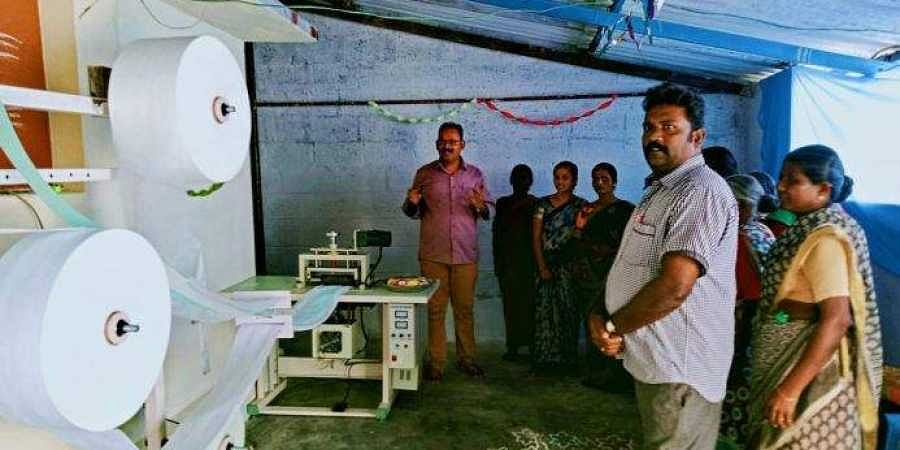 In collaboration with women Self Help Groups (SHGs), READ set up ten pad-making units at ten villages at Sathyamangalam and Gobichettipalayam, TN Palayam blocks of Erode.