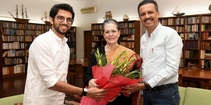 Shiv Sena leader Aaditya Thackeray (L) with Congress President Sonia Gandhi. (File| PTI)