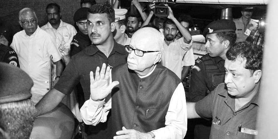 Senior BJP leader LK Advani arriving in Kottayam for a personal visit.