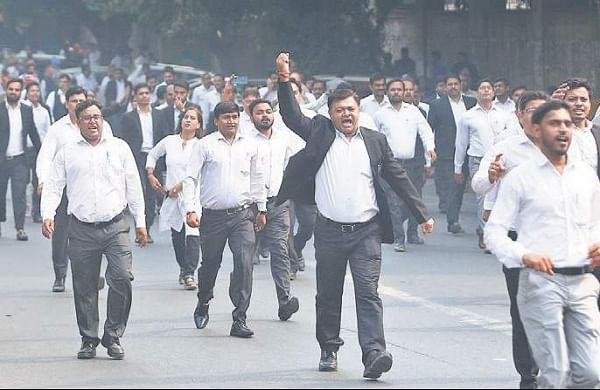 Delhi High Court adjourns plea seeking to end lawyers strike