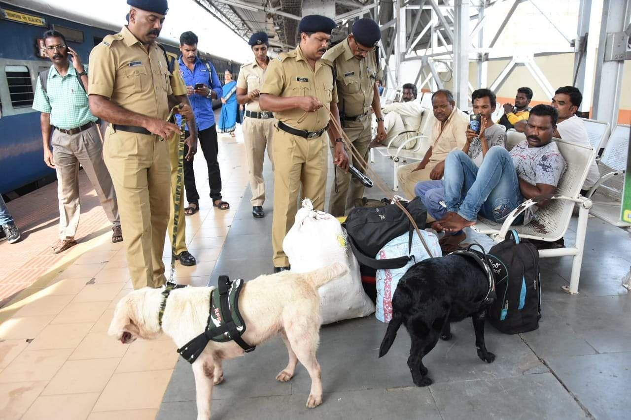 Security checking at Central Railway station in Thiruvananthapuram on Saturday morning. (Photo | EPS/BP Deepu)