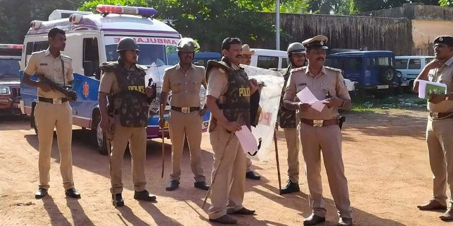 Police personel asked to stay alert in Bengal in the wake of Ayodhya verdict. (Photo | EPS/ Rajesh Shetty Ballalbagh)