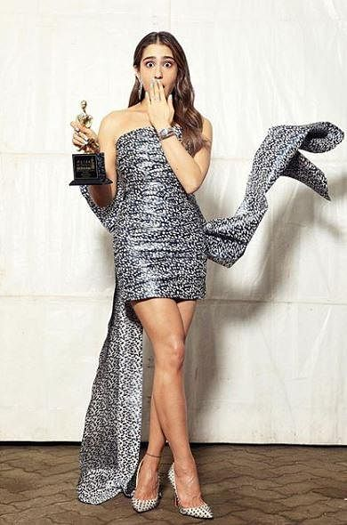 Sara Ali Khan went home with the award for 'Most Promising Actor (Female)' for Kedarnath.