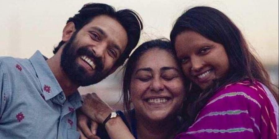 Actors Vikrant Massey and Deepika Padukone with 'Chhapaak' director Meghna Gulzar.