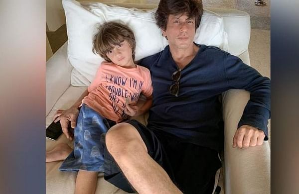 Shah Rukh Khan's son AbRam asked the paps to make way
