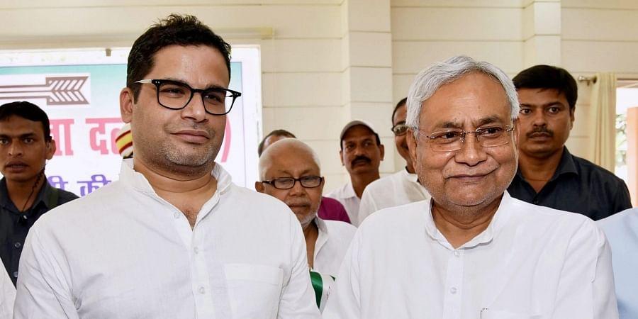 Bihar Chief Minister Nitish Kumar (R) and JD(U) vice-president Prashant Kishor. (File | PTI)