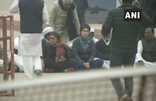 "Jamia stir: Priyanka Gandhi leads ""symbolic protest"" against police crackdown on students"